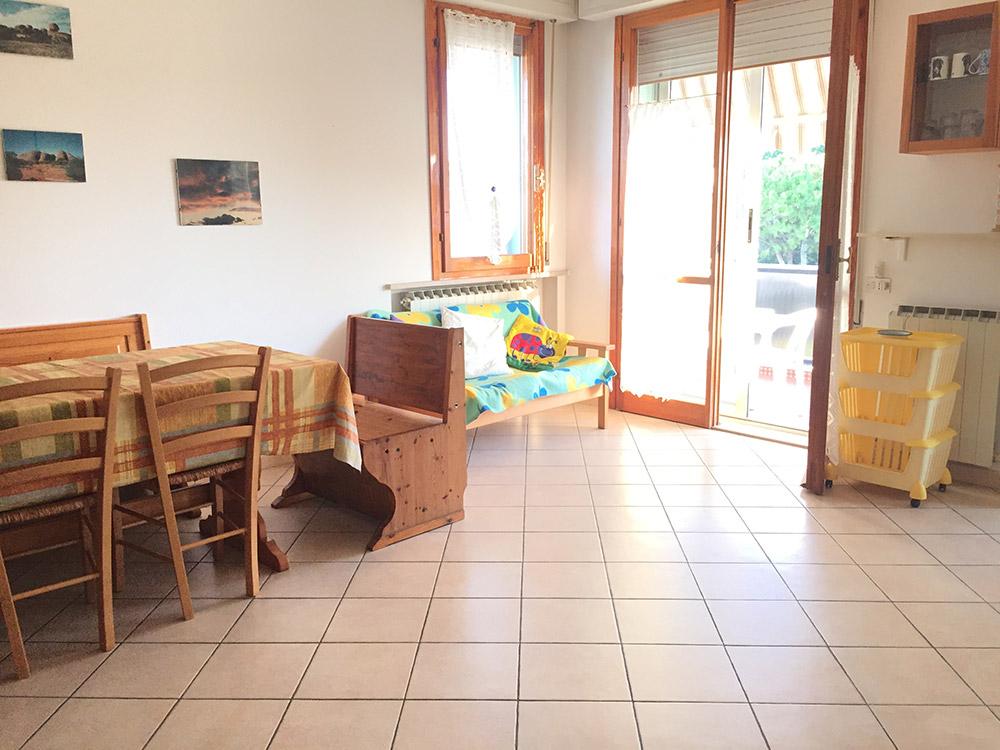 don-minzoni-14-sala-con-cucina